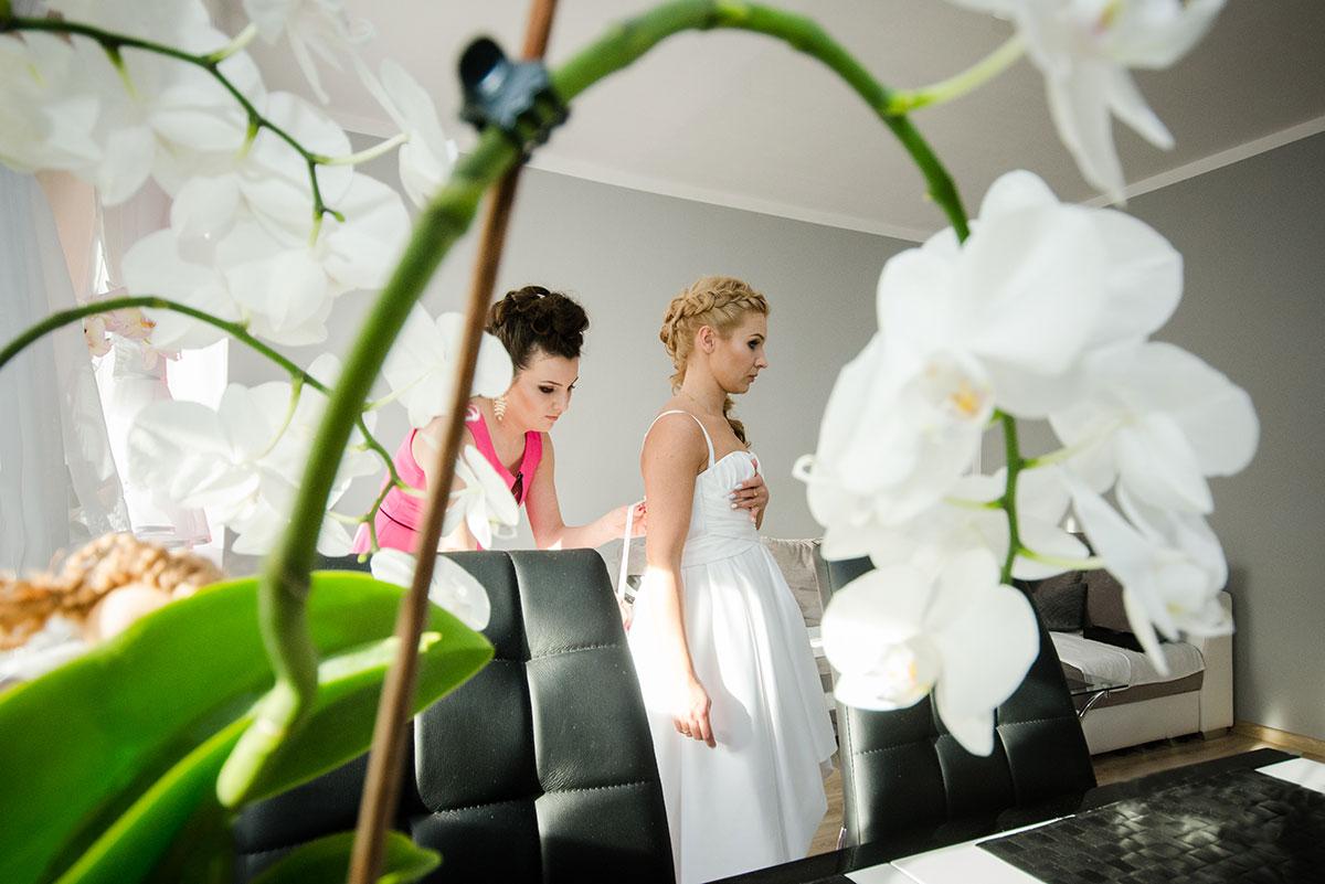 suknia ślubna fotografia okolicznościowa