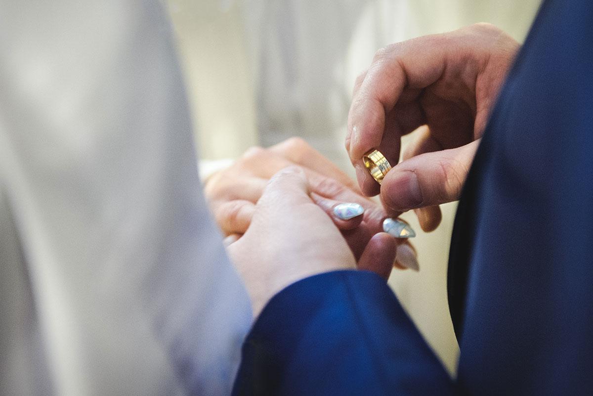 obrączki małżeństwo fotograf
